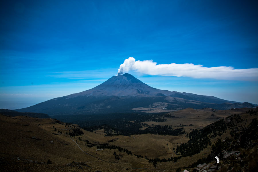 view of Popocatépetl from Iztaccíhuatl Mexico backpacking Itinerary